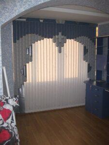 Пример работ Жалюзи вертикальные мультифактурные Врата синие