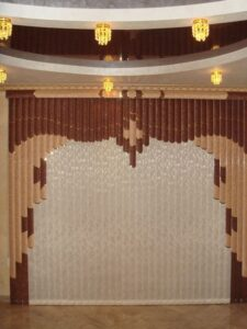 Пример работ Жалюзи вертикальные мультифактурные Врата в шоколадных тонах